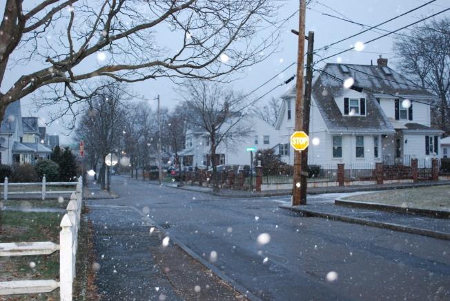 snowing in massachusetts