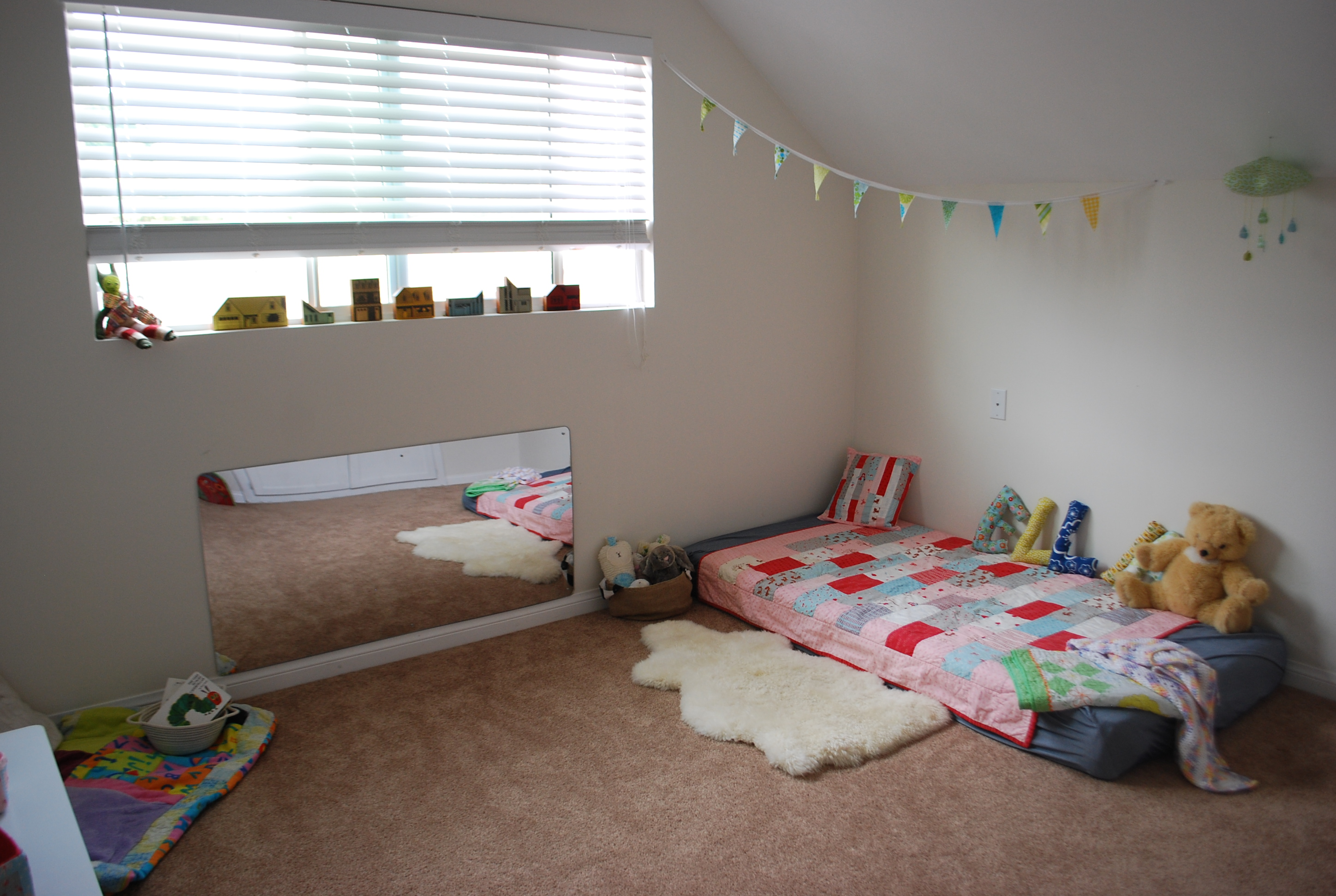 Montessori toddler room | summerplayshouse