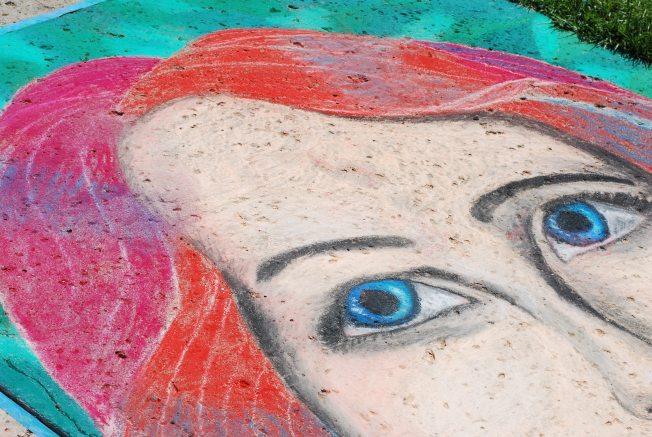 chalk eyes