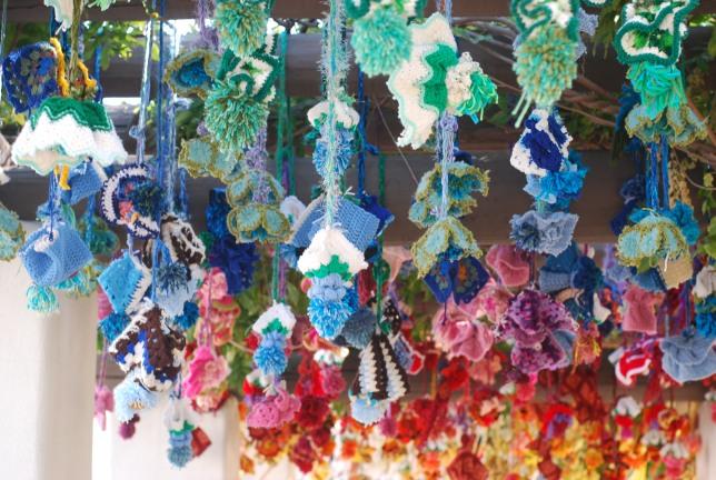 yarn bombs